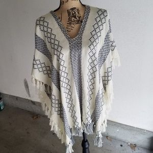 NEW LIST! Free People knit poncho/cape, like new